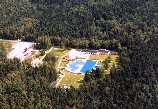 Bild: Teichler Seeligstadt Sachsen Masseneibad aus der Luft