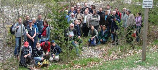 Foto: Gruppenbild vor dem Mössinger Bergrutsch