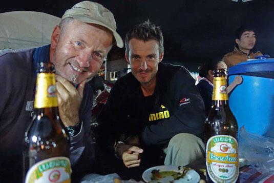 En compagnie de Marc. Un périple qui vaut bien une bière Lao