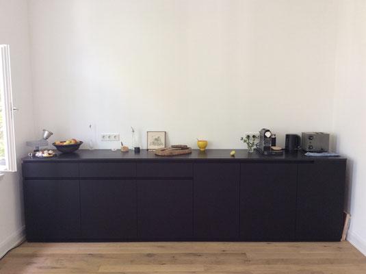 küche schwarz matt