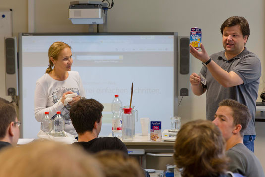 BG Schüler Leistungskurs Chemie, Lehrer Julia Schaumburg, Roland Zetzmann