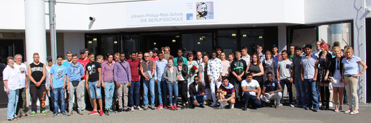 EIBE-Schüler 2015, links Frau Tschakert, Herr Kamm