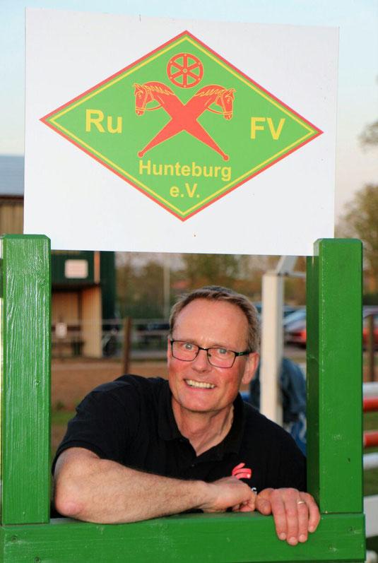 1. Vorsitzender: Dirk Helling