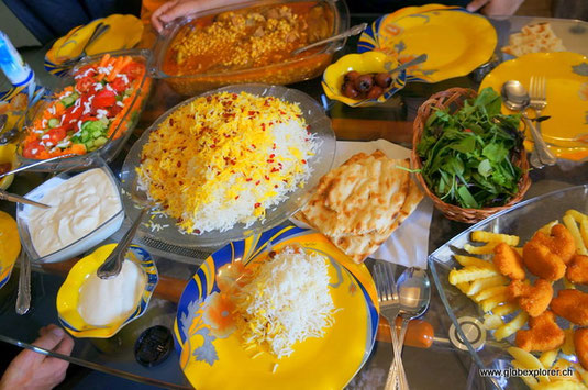 Essen bei Gastfamilie in Karaj