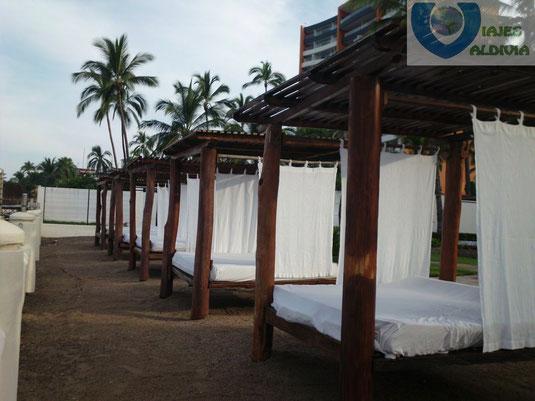 Camas Balinesas.