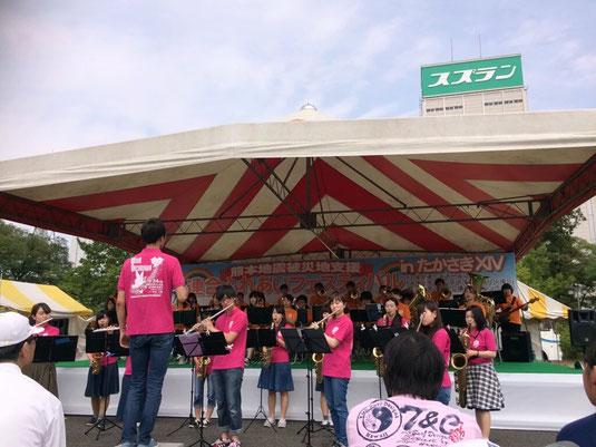 5月29日(日)に、もてなし広場にて開催された、ふれあいフェスティバルに今年も参加させていただきました。恒例のイントロクイズが今年も盛り上がりました!