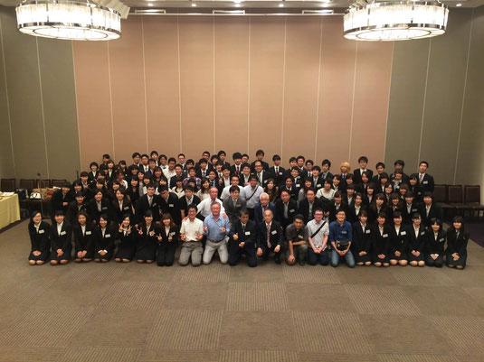 6月25日(土)に、ホテルメトロポリタン高崎にて、当部のOB・OG会が開催されました。今年は、1期から36期までの40名の方に集まっていただけました。