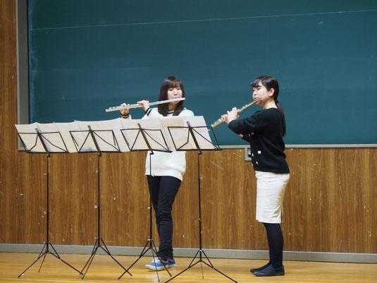 12月22日(火)に、校内アンサンブルコンテストを行いました!全15組によるアンサンブル発表、第一位はフルート二重奏による「きらきら星演奏曲」でした。