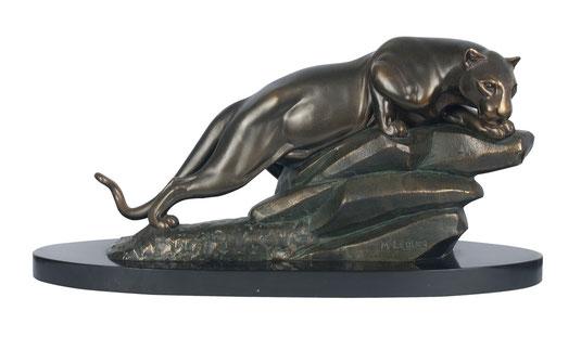 A panther before jumping, Art Déco Wiesbaden Regine Schmitz-Avila