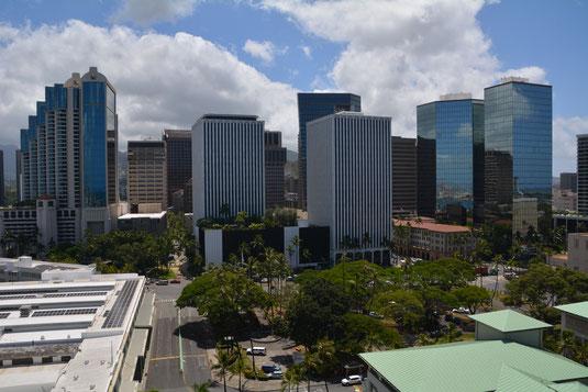 Blick vom Aloha Tower auf Honolulu