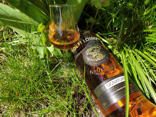 Loch Lomond Signature Blended Whisky