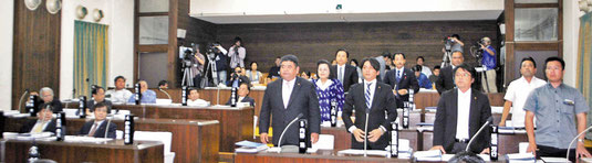 PAC3の配備決議を可決した石垣市議会=27日