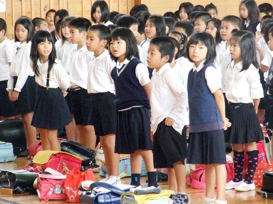 新学期がスタート=9日午前、新川小学校