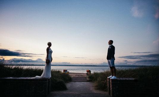 Erfahrungsbericht Freie Trauung Norddeutschland, Referenz Freie Traurednerin Caro, Erfahrung Freie Trauung Strauß und Fliege, Heiraten am Strand