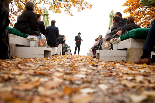 Freie Trauung, Hochzeitsredner, Hochzeit, Blog, Johann Jakob Wulf, Strauß & Fliege, Hochzeitszeremonie, Hochzeitsrede, Freie Rede, Dresden, Berlin, Stuttgart, Hamburg, Köln, Leipzig, Sachsen, Bayern, Brandenburg