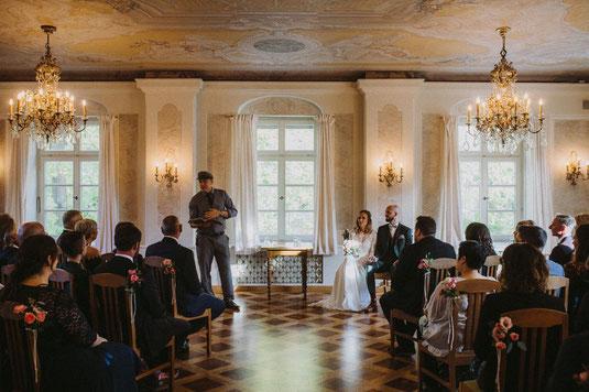 Freie Trauung Bayern, Freier Trauredner Bayern, Hochzeitsredner, Strauß und Fliege, Hochzeitsblog, Heiraten in München