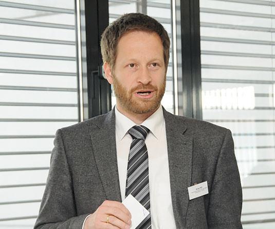 Ansprechpartner in Sachen Arbeitsrecht ist Assessor Arne Hilt.  Foto: ISTE