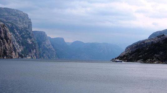 Mit der Rødne Fjord Cruise zum Lysefjord und Preikestolen