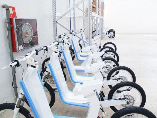 almacén de motos eléctricas xkuty en España