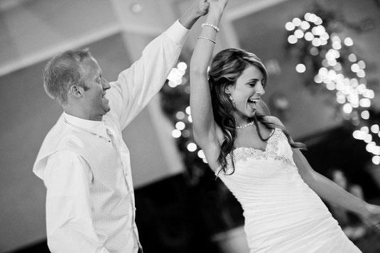 Tanzendes barutpaar - Unsplash.com