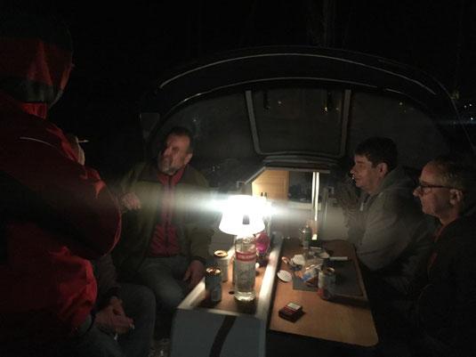 Nachtfahrt von der Mole nach Medulin: Hauptsache den Jungs gehts gut!