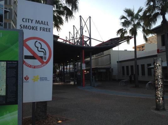 Australien, Northern Territory, Darwin, Rauchen verboten, Fussgängerzone