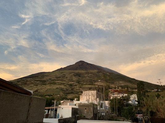 Italien, Sizilien, Liparische Inseln, Äolische, Stromboli, Sehenswürdigkeit, Vulkan, Schwefel, Krater