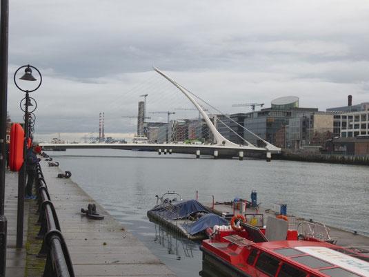 Dublin, Sehenswürdigkeiten, Samuel Beckett Bridge
