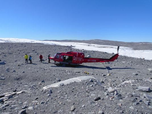 Landeplatz an der Abbruchkante des Sermeq Kujalleq Gletschers