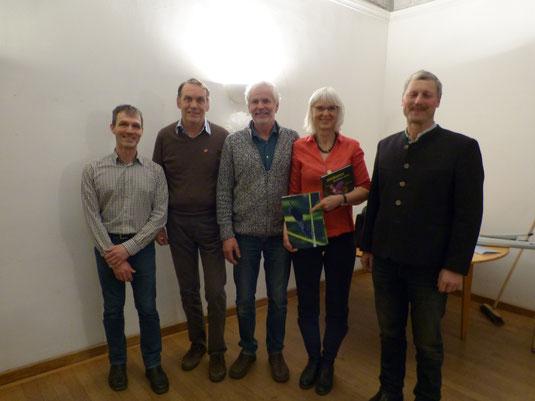 Moderator Martin John, VB-Sprecher Josef Fortner, ÖDP-Pressesprecher Ludwig Maier, Dr. Brigitte Reuke (LBV), Josef Bodmeier (BBV)