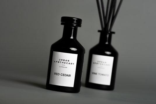 Entdecken Sie unsere Duft-Diffuser und Duftkompositionen von Marken wie Urban Apothecary und La Compagnie de Provence.