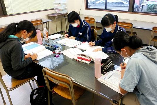 中1・中2対象少人数クラス授業コース