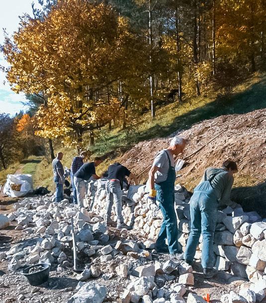 Trockensteinmauer in Merishausen (Foto: A. Reich)