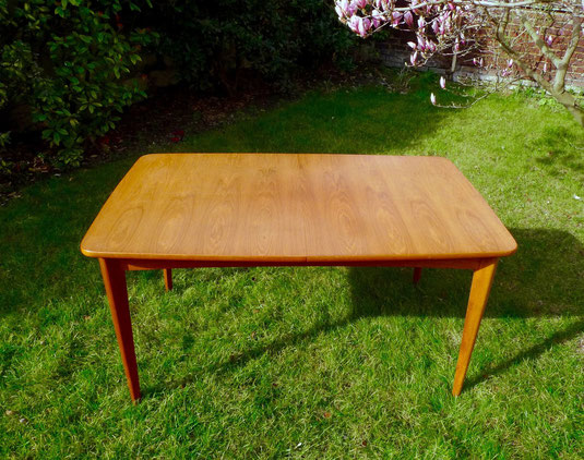 JOLI, table vintage teck, table scandinave