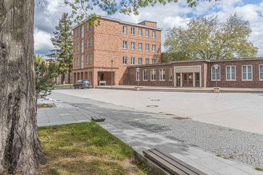 Das Eingangsgebäude des Bauhaus-Denkmals Bundesschule Bernau