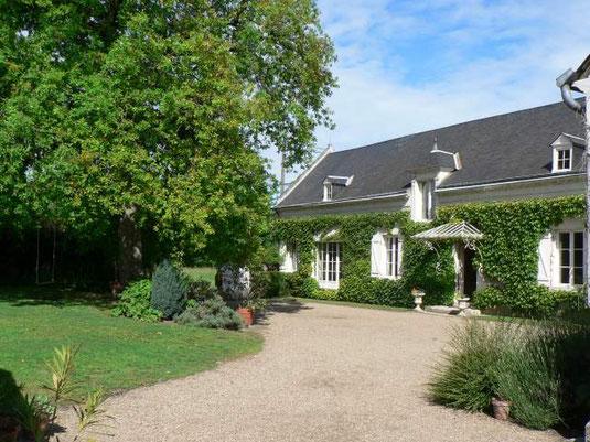 b&b-housing-Loire-Valley-holiday-chenonceau-visit-vineyard-wine-tastings
