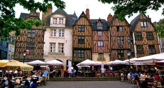 visit-tours-loire-valley-tourism