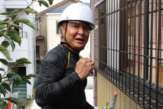 大宮の雨漏り修理専門店「屋根のオカダ」店主