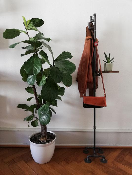 Vintage Rohrgarderobe freistehend Garrderobenständer Rohrständer Garderobe mit Haken und Ablage