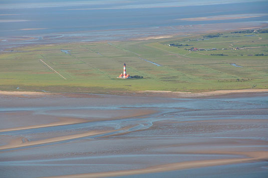 Leuchtturm Westerheversand bei St. Peter Ording an der Nordsee
