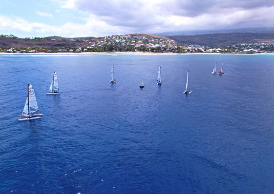 pour les associations, les groupes, les entreprises etc ... possibilité de faire des activités voile en catamaran ou balade nautique et ludique en voilier collectif.