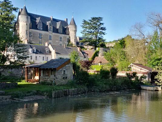 plus-beau-village-de-france-Touraine-Vallee-Loire