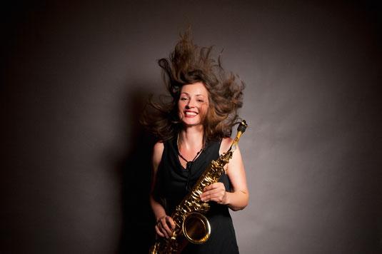 Saxophonistin Köln, Neue Musik Köln, Saxofon Bands Köln