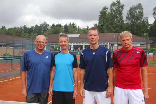 Herren 50 - Konkurrenz: die Halbfinalisten:  Per Bartz  / TV Schwedeneck (4.), Bernd Schröder / Este 06 - HH (3.); Hauke Schröder / TC Mürwik (1.)und Olaf Seemann / TC Wankendorf (2.)