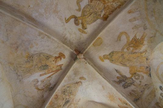 Mittelalterliche Fresken in der Dorfkirche von Canville-la-Rocque auf dem Cotentin nahe Portbail.