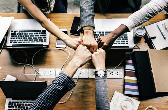 App Entwickulng Team, Social Media Betreuung, Social Media Content