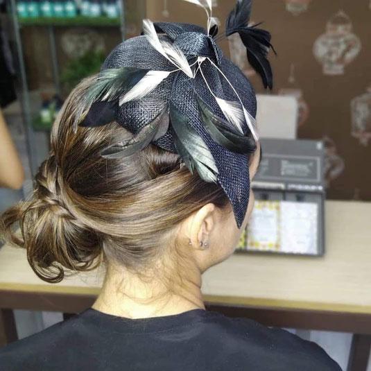 tocados con plumas