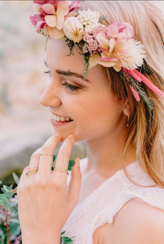 tocados flores pelo corto