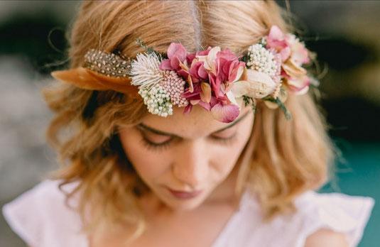 diadema de flores de novia para bodas