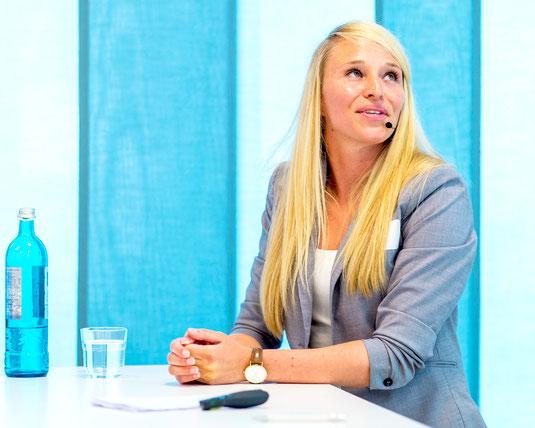 Moderatorin Désirée Krause